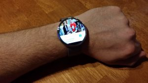 Yatse on Moto 360 Android Wear watch