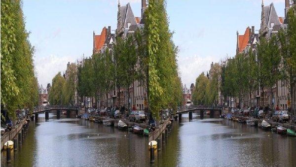 Side by Side 3D